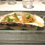 リストランテ カノフィーロ - 釧路産牡蠣のクルード ガスパチョのソース