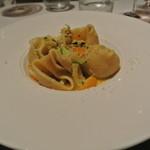 リストランテ カノフィーロ - 花咲蟹とズッキーニ、サフランのソース ルマッコー二