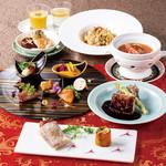 おもてなしやご会食、慶事などにも最適。スペシャルランチコース