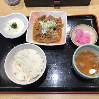 山田うどん食堂 さいたま丸ケ崎店 - パンチ定食。 美味し。