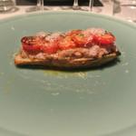 リストランテ カノフィーロ - 三元豚のサルシッチャと白ナス、トマトの重ね焼き