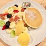 果実園 リーベル - ミックスパンケーキ