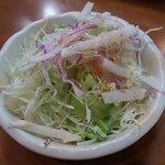 シャリマール - 食べ放題ランチのサラダ
