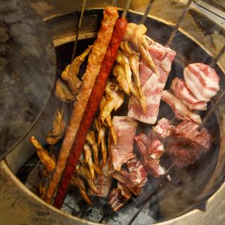 こだわりの自家製窯で焼いたお肉料理が食べ放題☆