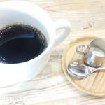 トットリ コーヒー ロースター -