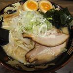北海道らぁ麺 ひむろ - 札幌味噌らーめん(780円)。