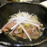 焼き鳥 陀らく - ダチョウすじ肉の煮物