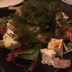 沖縄バル 花naha - 海ぶどうと島豆腐のシーザーサラダ