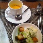 トラットリアクーポラ - セットのスープ&サラダ