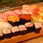 勇すし - お店のイチオシ、特上にぎり。いい仕事が光る、まさしくホンモノの寿司でした。
