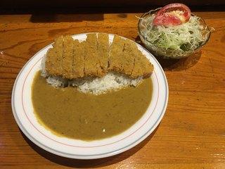 くま - カツカレー(1200円)