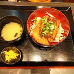 テンテンズキッチン - ロースソースカツ丼