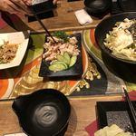 92529207 - 左から、鶏皮ポン酢、ささみの梅肉和え、塩昆布キャベツ