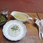 チャムアパートメント - 味噌スープカレー(ドリンク付)800円