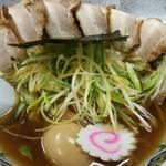 ちゃあみい - 料理写真:山形醤油ネギチャーシューめん 太麺 800円