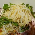つけめん・らーめん 海老鶏麺蔵 - 麺アップ