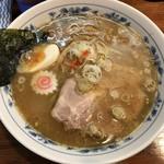 名前のない中華そば屋 - 料理写真:中華そば 塩 麺半分 780円