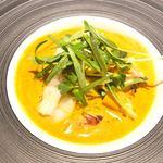 アプランドル - カナダ産オマール海老 北海道・ホタテ貝柱 オマール海老のビスクスープ
