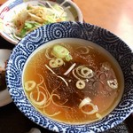 92556037 - スープとサラダ