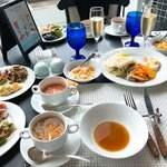 下町 DINING & CAFE THE sea - サラダもスープもグッド!