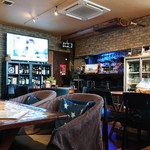 BEER TRAIL - 店舗内。