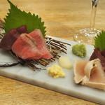 博多筑紫口 肉寿司 - 肉刺し4種盛り