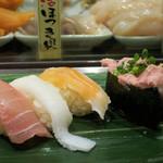 寿司 魚がし日本一 - 人気の5貫セット555円