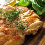 ダーツ&カラオケBAR サブマリン - 鶏肉のやわらかコンヒィ