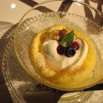 ウエモンカフェ - 料理写真:スフレチーズケーキ