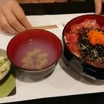 92573713 - 本マグロの紅葉丼950円(こちらももちろん税込)です!