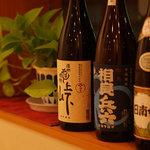 蕎千花 - 小さいながらも実力のある酒蔵さんより、こだわりの日本酒・焼酎をいただいております。