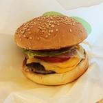 フレッシュネスバーガー - モーニングセット 580円 の チーズバーガー