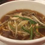 横浜大飯店 -  サンマー麺