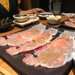 こだわり米 匠 - 炙り肉寿司♪