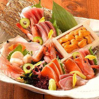 豊洲直送鮮魚の料理が自慢。お酒も豊富な品揃えの海鮮居酒屋!