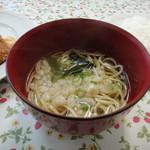 近藤 - 和のダシに中華麺の そば