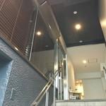 イル ジェンティーレ - ビルの2階