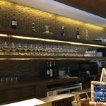 イル ジェンティーレ - 整然とワイングラス