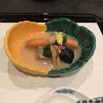 92600849 - 炊き合わせ(秋鮭、松茸、)