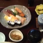 お富さん - お寿司のセット
