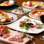Edy's Bar - 前菜盛り合わせ、生ハム、カルパッチョ、ピザ、パスタ、肉料理