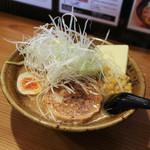 味噌ラーメン専門店 麺家一進 - 料理写真:熟成合わせ味噌らーめん おすすめトッピング + 白髪ネギ☆