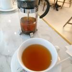 リベルテ・パティスリー・ブーランジェリー - 紅茶