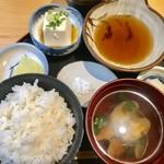 天ぷら すぎ山 - 名物 かき揚げ定食¥1,180(税込)のお膳