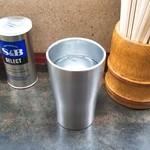 92630171 - 魔法のコップ(いつまでも水が冷たい!)