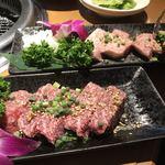 焼肉たむら - 極上肉モモ