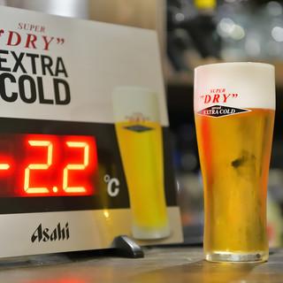 ビールマイスターが注ぐ、泡まで旨い「工場直送!速達生」