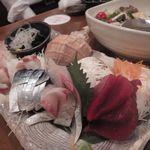 産直海鮮で宴会 すきずき - 特選地魚刺身6点盛り(タコ/マグロ/ホウボウ/シラウオなど)
