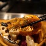 プラチナフィッシュ神谷町 TEPPANバル - ぐつぐつ温野菜濃厚えび出汁ソース