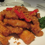 Yan Toh Heen  - 料理写真:風沙鹿兒島黑豚茄子